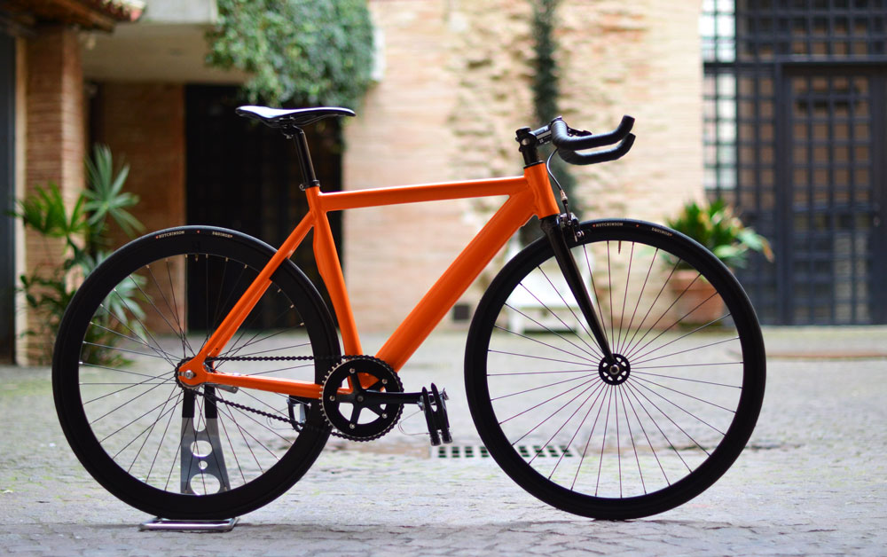 exs-profile-fixie-leader