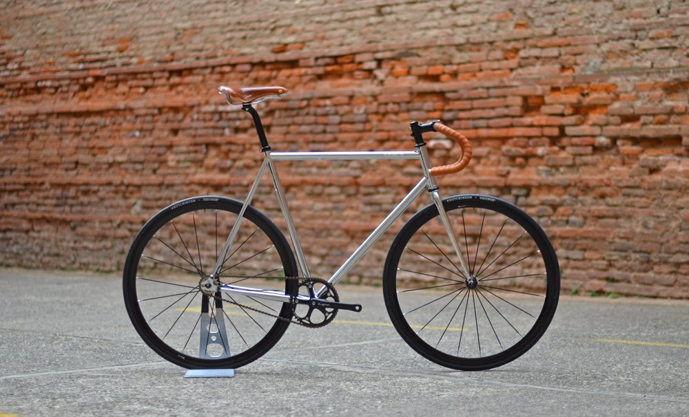 blb-track-chrome-brooks