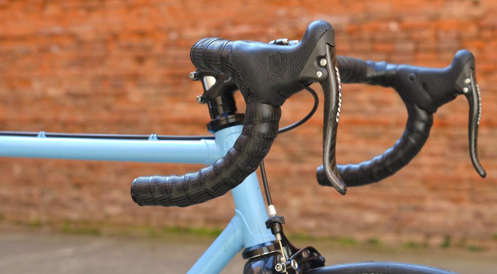 campy-record-brake-lever