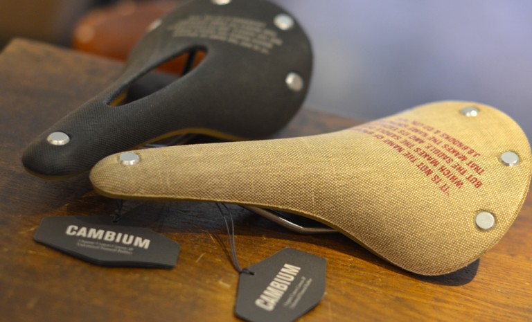 Selle de test : Brooks Cambium