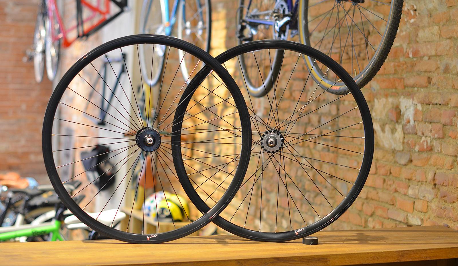 roue-fixie-noir