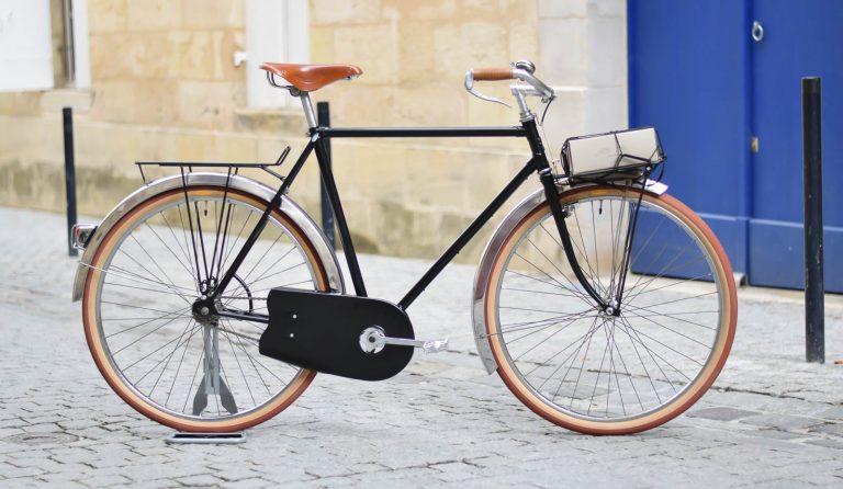 1721s Noir Mounty toby vélo de course cloche