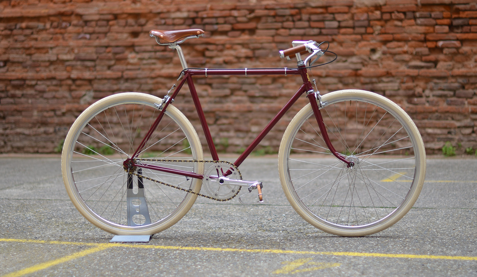 Bicycle Cafe Racer