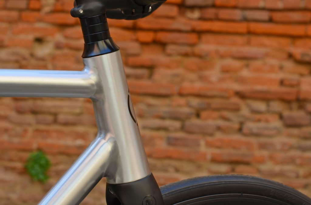 Fixie Carbone Toulouse 1024x678